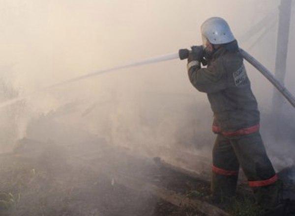 В Таганроге на Михайловской горела хоз.постройка