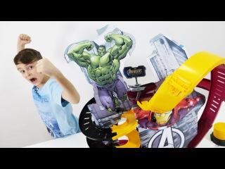 Марвел Супергерои : Халк vs. Железный человек! ИгроБой Даня. Видео для детей