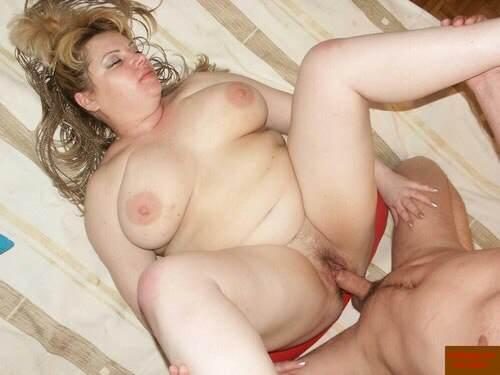 seks-s-polnenkimi-damami