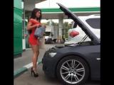 Девушка доливает Масло в BMW ! Такого вы точно не видели. СМЕШНО ДО БОЛИ