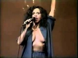 Gal Costa - Brasil (Closed Captions)