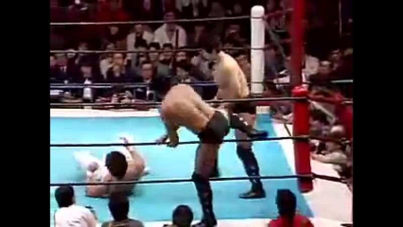 Meltzer 5 Stars Match (Missing) : Keiji Muto Shiro Koshinaka vs. Akira Maeda Nobuhiko Takada