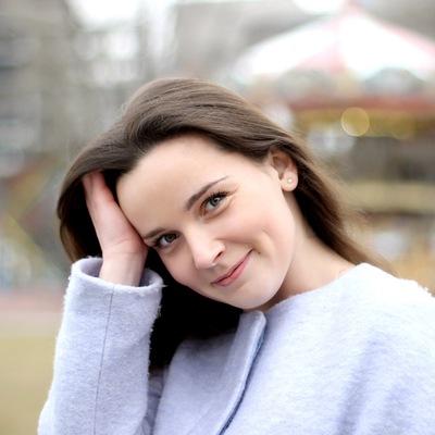 Анна Ивакова
