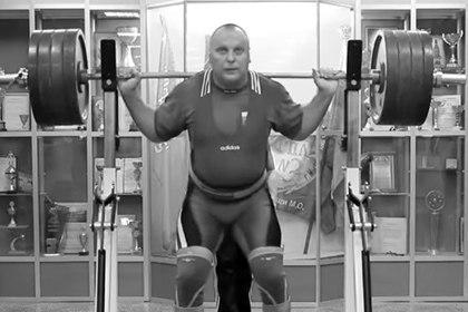 Пчелкин — мастер спорта по жиму штанги лежа. В 2015 году стал чемпионом России в возрастной группе М1 (от 40 до 49 лет).