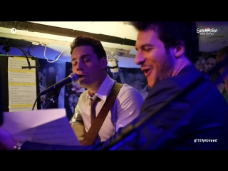 Amir and Douwe Bob - Opening The Bar in Stockholm