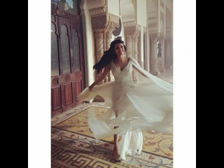 "Archa Mehta on Instagram: ""Behold!! Princess Arshi is here!! @kajalaggarwalofficial #sardaargabbarsingh #8thapril #excitedmuch #costumesgalore #whiteisthecolor In a…"""