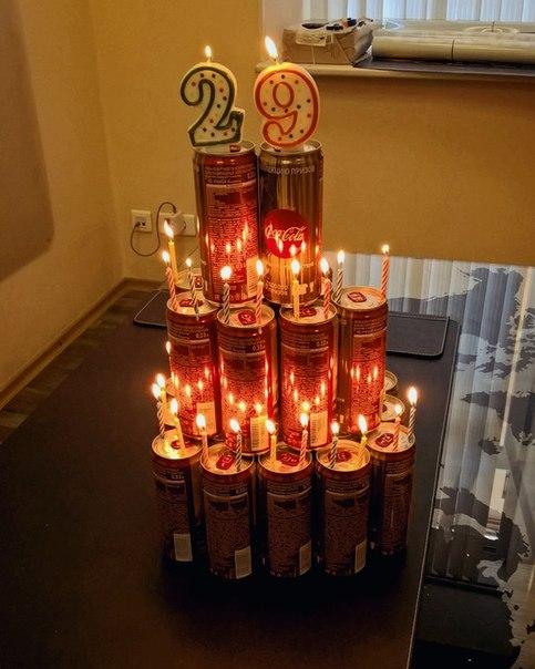 Коллеги поздравили с днём рождения весьма оригинальным способом! 😱😉