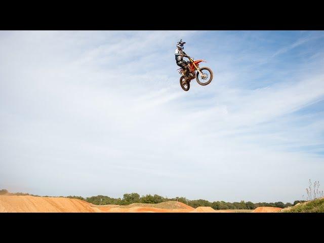 125 at James Stewarts Compound ft. Challen Tennant - Dirt Bike Addicts