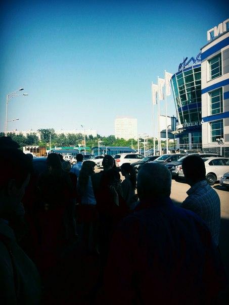 Из «Бахетле» на Танковом кольце в Казани эвакуировали персонал и посетителей