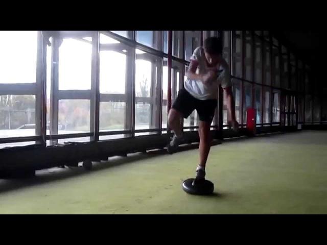 Упражнения на балансировочной подушке - диссоциация с землей Горнолыжный инструктор в Австрии