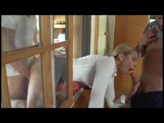 порно застряла в окошке фото