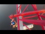 Прыжок с самого высокого крана в СПБ