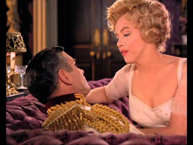 Marilyn dances and sings in The Prince and the Showgirl
