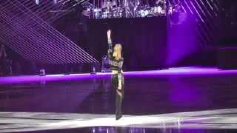 Art on Ice 2015 Carolina Kostner Led zeppelin Drum Tribut