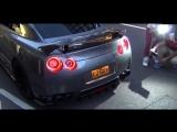 Nissan GT-R R35,жесткий выхлоп.