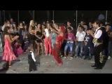 Düğünde Mezdeke Hint Dansı Oynayan Kızlar İzle 1