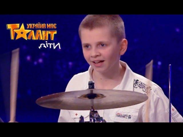 Игра маленького Даниила на барабанах Второй кастинг в Киеве Сезон 1 Выпуск 2 от 05 03 16