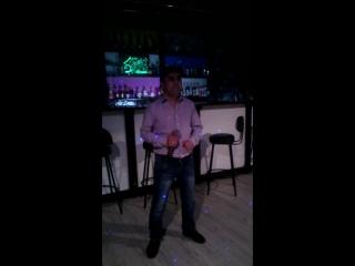 Манон в караоке -баре << Пятница>>