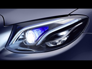Headlamps in the new E-Class. MULTIBEAM LED.