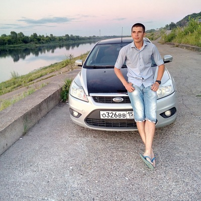 Михаил Сухов