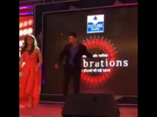 Варун Дхаван и Крити Санон - Manma Emotion Jaage (1)