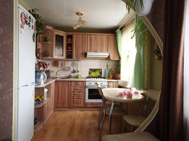 Обзор моей кухни.Как сделать маленькую кухню уютной и практичной.