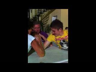 Daniel Osborne loses an ARM WRESTLE match to a WOMAN