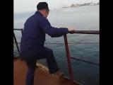Кузя корабль тонет))