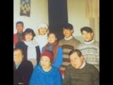 Суреттегі ақ жемпір киген студент жігітті айтам да...1993-жылы Ж.Елебеков атындағы РЭЦК-де оқып жүрген Зейнеп Қойшыбаева мен Лак