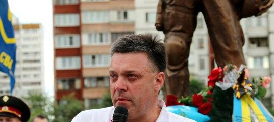 У столиці відкрили перший пам ятник солдатові-добровольцю e6ee8c5803bb1