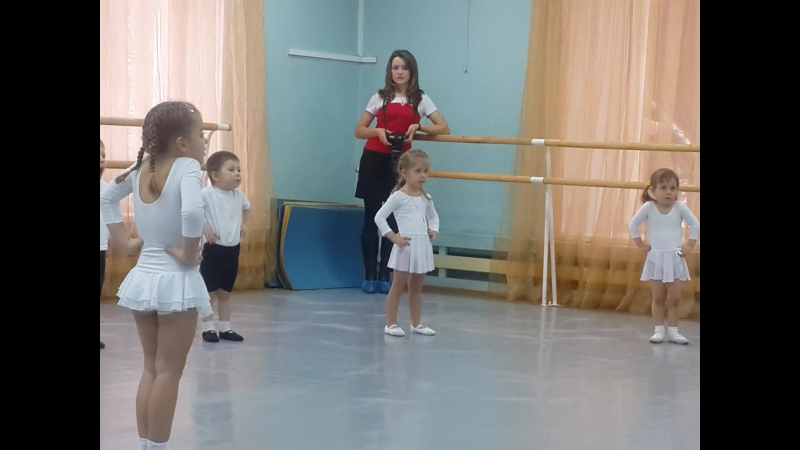 20151219 Сашуля танцы