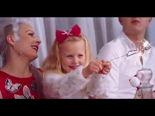Piękni i Młodzi - To nasze Święta (Oficjalny teledysk)