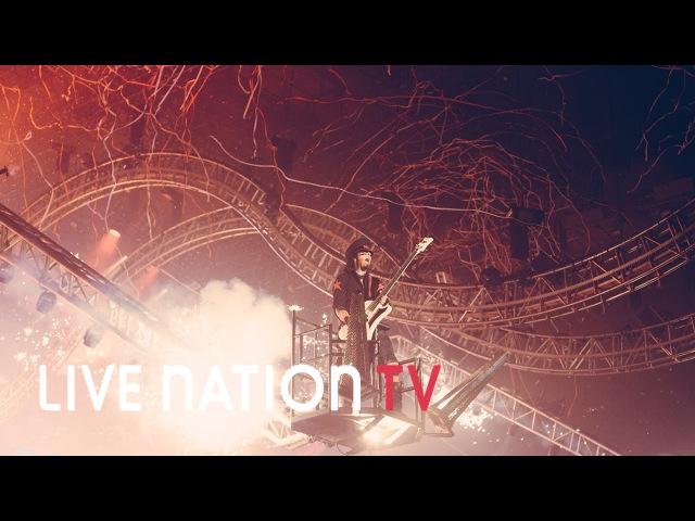 Pyrotechnics and the Crüecifly Mötley Crüe on the Final Tour