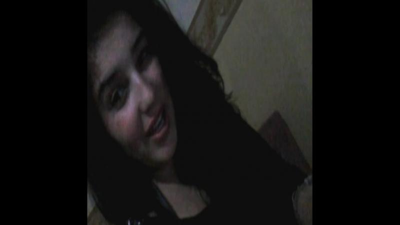Kimse Sana Canım Cicim Balım Demesin Kıskanırım Seni Başka Biri Sevmezsin Ben Gülerim Bırak Hayat Sana Gülmesin Dudak Benim Başk