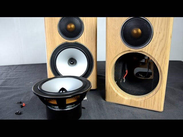 Monitor Audio Bronze BX1 speakers look inside