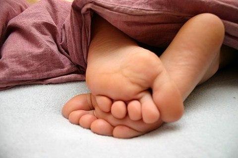 фото женских пяток и ступней