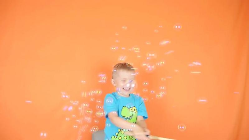 Машинка с мыльными пузырями в магазине игрушек Ярик76.рф