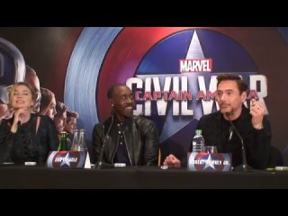 Press conference Captain America Civil War (Robert Downey Jr., Don Cheadle, Emily VanCamp)