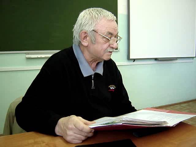 Евгений Тарунтаев в школе №4 г. Наволоки