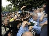 Побывавшие в руках «майдановцев» милиционеры рассказали о жестоких пытках