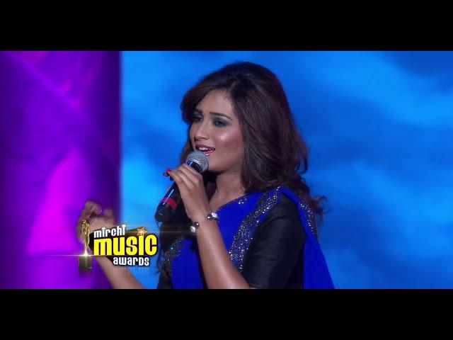 Shreya Ghoshal's melodious performance at the 5th Mirchi Music Awards