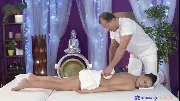 MassageRooms – George And Eveline Dellai