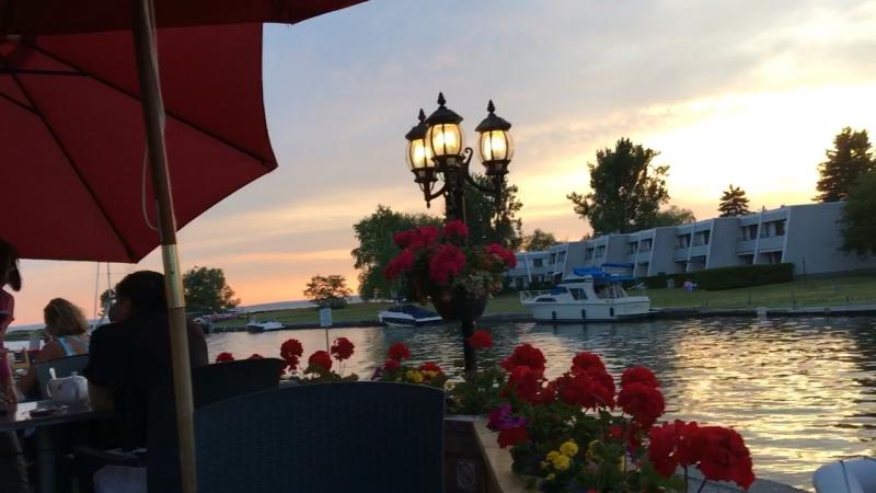 Simcoe lake restaurant
