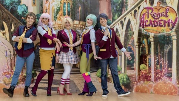 Regal academy rainbow e professione musical insieme per for Disegni da colorare regal academy