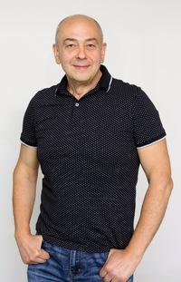 Виталий Захаров