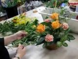 Флористика для начинающих- цветочная композиция своими руками (корзина с цветами мастер класс).