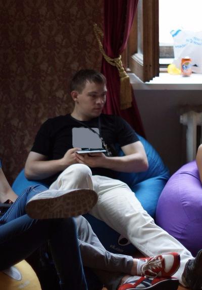 Данил Ларионов