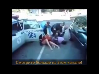 пьяные девушки за рулем эротика