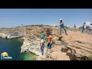 Аня Мыс Фиолент прыжки с веревкой в Крыму с командой Скайлайн