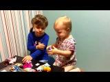 Hello Kitty Kinder Surprise. Barbie.  Открываем киндер Хелло Китти и шоколадное яйцо барби.
